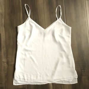 White House Black Market white v neck cami XXS